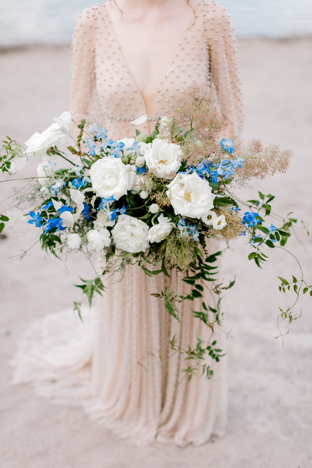 How to Curate Your Wedding Style, flowers, blue flowers, beach wedding, italian wedding